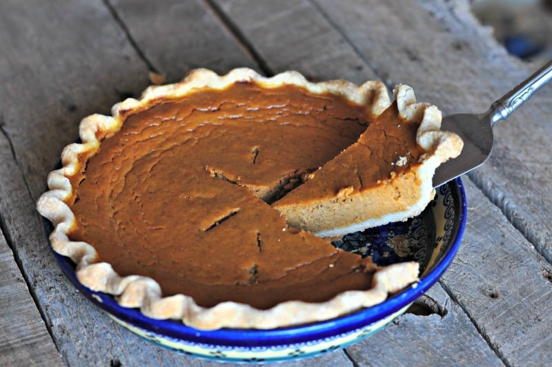 This recipe for pumpkin pie is just one of a HUGE collection of pumpkin spice recipes for pumpkin spice season!