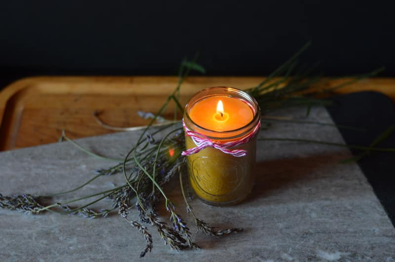 Jar candles are an easy candle craft for beginners to make that require only a few materials. Beeswax candles made in mason jars are attractive and add beauty anywhere they are used. Jar candles can be used as emergency lighting or to add ambiance to the atmosphere of your home.