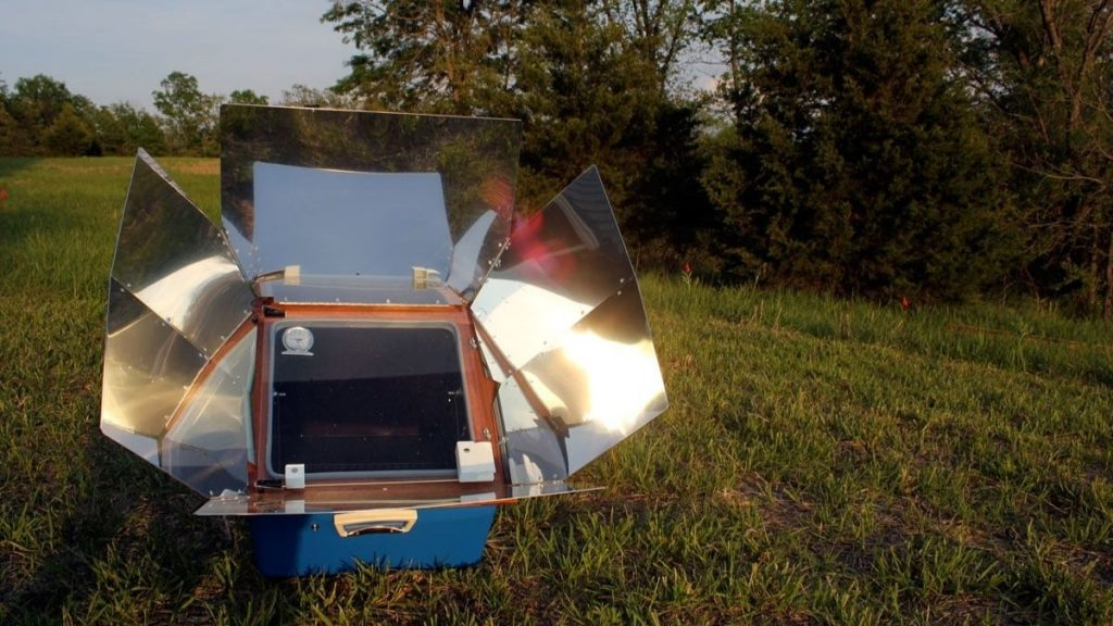 cooking, baking, and dehydrating with a solar oven